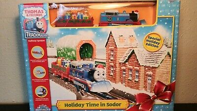 Thomas & Friends Holiday Time in Sodor Motorized Tank Engine 2008 Train Set NOB