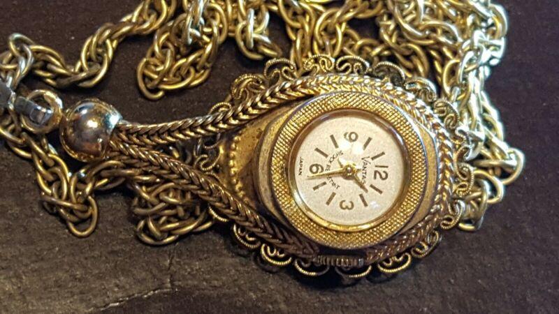 Vintage Shock Resistant Vantage WindUp Necklace Pendant Cameo Watch Japan 20cb3