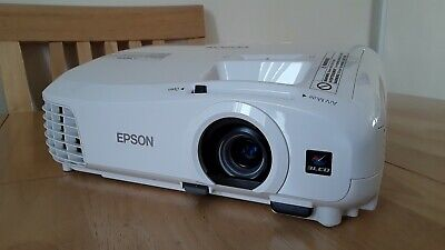 Epson EH-tw5210 Projector - Full HD 1080p - immaculate Condition hardly used