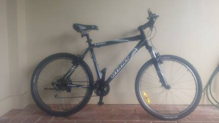 MENS GIANT RINCON MOUNTAIN BIKE SIZE 21 IN EXCELLENT CONDITION Manly Manly Area Preview