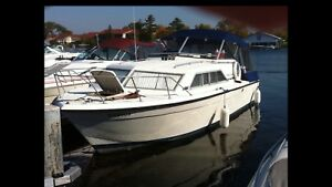 Chris Craft Catalina Express Cruiser Boat