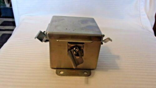 """Hoffman A404nfss Jic Box (4""""x4""""x3"""") Junction Box"""