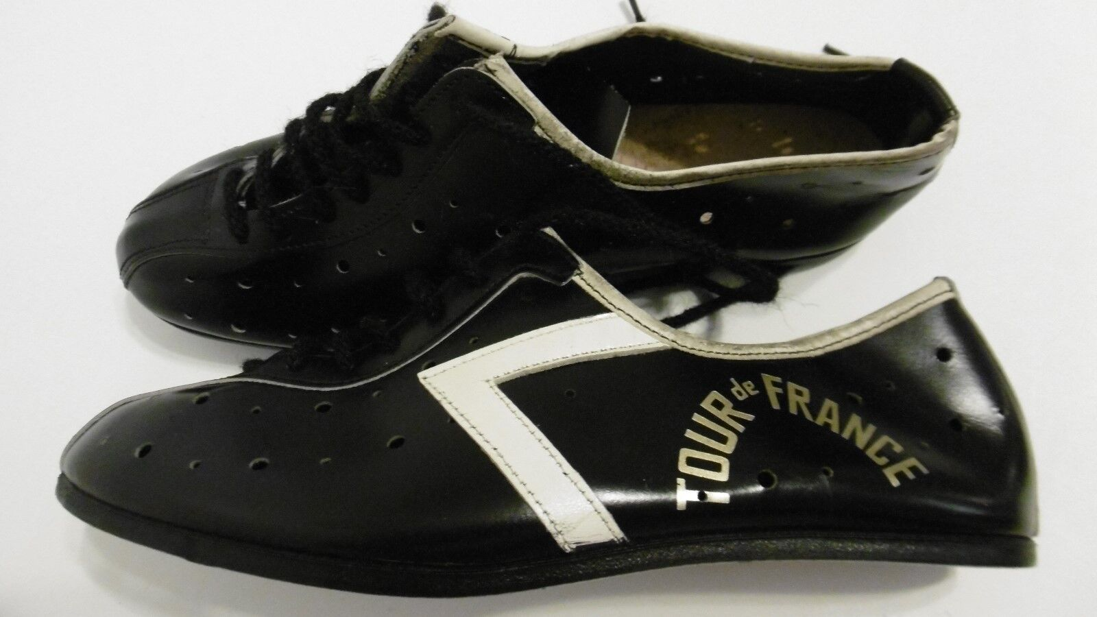 Vintage Tour De France Leather Cycling Shoes Size 39 NOS