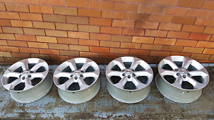 Nissan D40 Navara/R51 Pathfinder 17 inch Alloys (x4) Glendale Lake Macquarie Area Preview