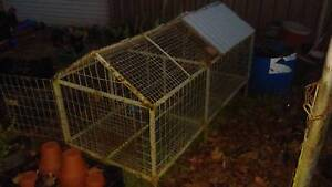 Rabbit hutch/chicken cage Wyong Wyong Area Preview