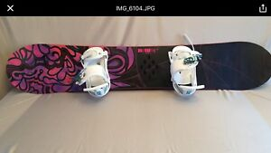BURTON snowboard mint condition with bindings 425 Or best offer