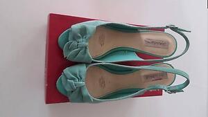 "Diana Ferrari ""Winsley"" turquoise suede peep toe wedge heel, sz10 Westmead Parramatta Area Preview"