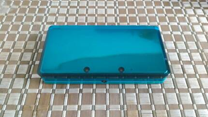 Aqua Blue 3DS w/ case and charger