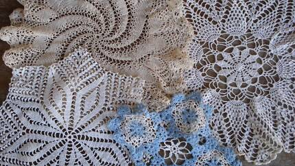 ╰⊰✿´ Assorted Vintage Crocheted Doilies ⊰✿´