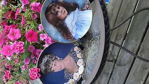 """Royal Collectable Plates 9"""""""