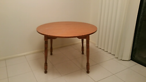 Dining table. .Free Tuggerah Wyong Area Preview