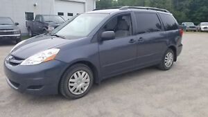 2009 Toyota Sienna CE+CRUISE+FIABLE+ESPACE+ABORDABLE+GARANTIE++