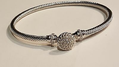 7 Inch Pave CZ Circle Center Bangle Bracelet With Clasp
