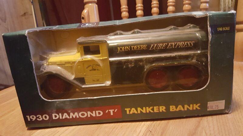 ERTL John Deere 1930 Diamond T Tanker Diecast Bank - NIB