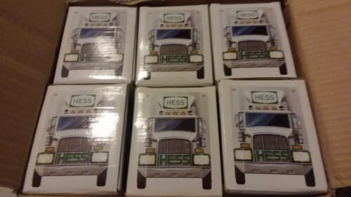 1987 The Hess Toy Truck Bank!NEW IN BOX case fresh