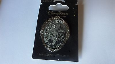 DISNEY PIN BINOR  MIRROR ON THE WALL