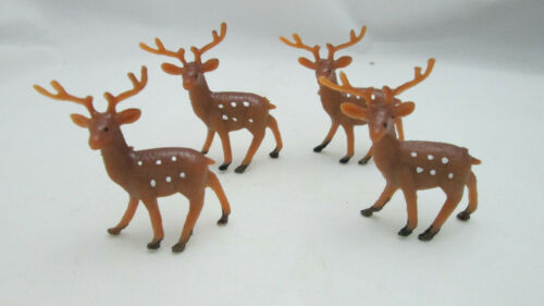 "Christmas Crafts Miniature 4 Plastic 1 3/4"" Deer"