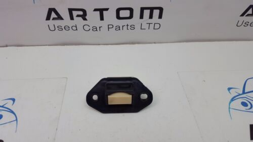 2005 LEXUS IS250 TAILGATE / BOOTLID RELEASE BUTTON / SWITCH