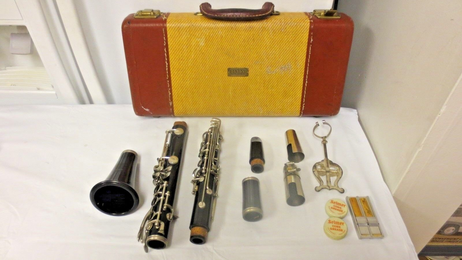 Selmar Bundy Resonite Clarinet-selmer Goldentone Mouthpiece-case-accessories