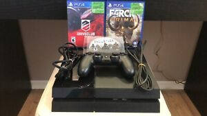 PS4 Bundle - 3 Games/Controller/cords