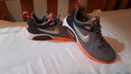 Nikes size 9 Barron Cairns City Preview