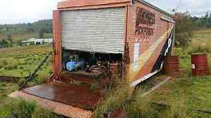 (DECEASED ESTATE) old trucks & farming equipment Ashford Inverell Area Preview