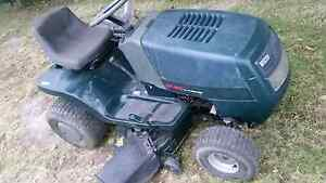 Ride on mower Victa 15.5hp Briggs 42inch cut Wyong Wyong Area Preview