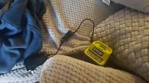 Ryobi 18v charger and 1.5 ah battery