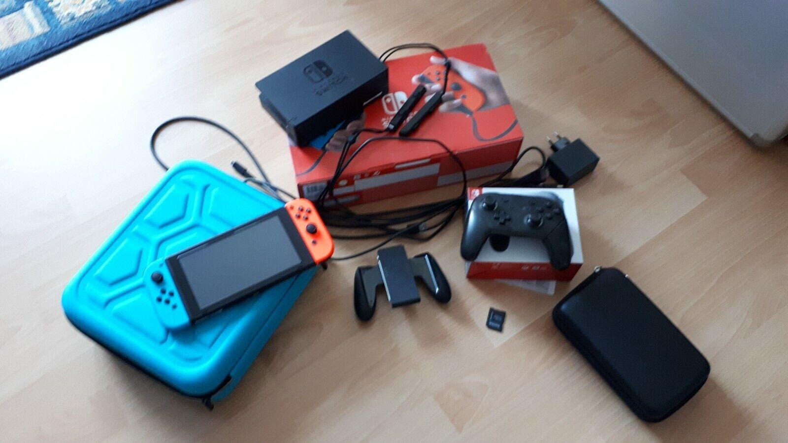 Gebrauchte Nintendo Switch-Konsole (Modell 2019) mit Zubehörpaket