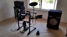 Roland TD-3 V-Drums. With big Amp and Speakers, for live gigs Thorneside Redland Area Preview