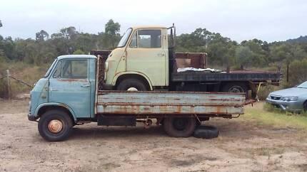 Daihatsu trucks x2