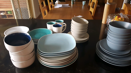 Assorted crockery - good condition