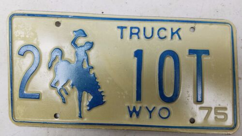 1975 WYOMING Laramie County Truck License Plate 2-10T