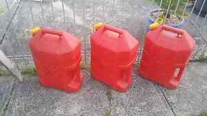 3x 20litre petrol containers Picnic Point Bankstown Area Preview