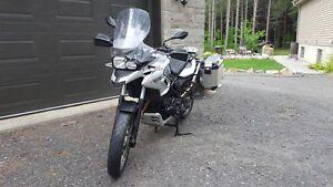 Moto F700 GS 2013