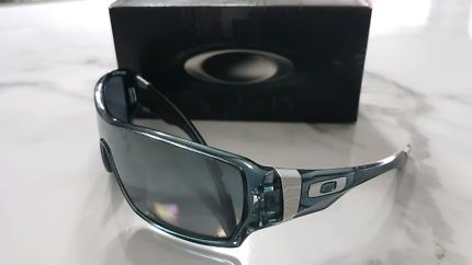 689d8fcc62 Polarized Oakley Offshoot Sunglasses