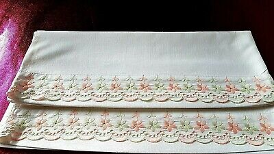 VINTAGE BEAUTIFUL HAND MADE EMBROIDERED COTTONt TWO PILOWCASE