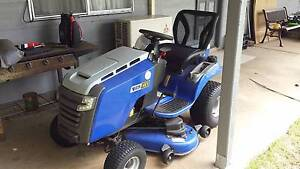 Victa NXT 23/46 Ride on Lawn Mower with Trailer Shoalhaven Area Preview