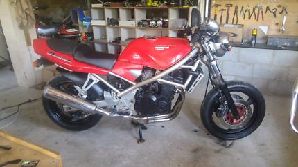 Suzuki Bandit 400 Project.