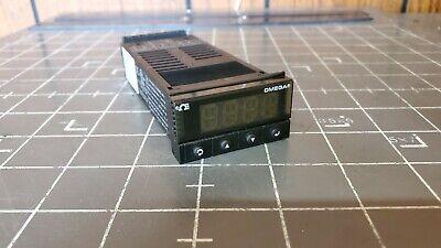 Omega Temperature Process Controller Cni3252 90-240v