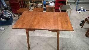 Dining Table size adjustable with chairs Pick up ASAP! good cond. Greenacres Port Adelaide Area Preview