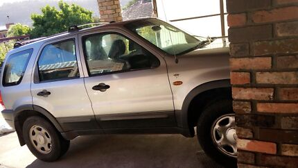 2004 Ford ESCAPE ( XLS )