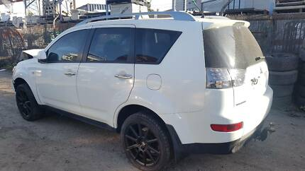 Mitsubishi Outlander ZG 2008 - NOW WRECKING - Parts Only