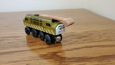 Thomas and Friends Train Wooden Railway Diesel 10 with Sliding Pincher 2003