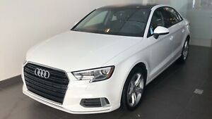 Audi A3 2018- Lease with lots of extras- Only 425$tx in