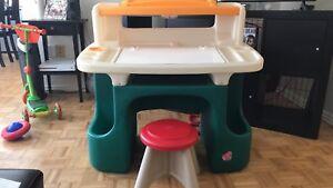 Step 2 toddler activity Desk