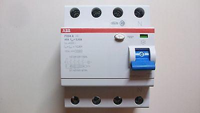 ABB Fi Schutzschalter F204-A 40/0,03/ 2CSF204101R1400
