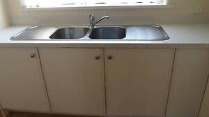 KITCHEN CABINETS, NEW BENCH TOP & APPLIANCES- EXCELLENT CONDITION Vaucluse Eastern Suburbs Preview