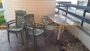 Outdoor Table & Chairs Centenary Heights Toowoomba City Preview