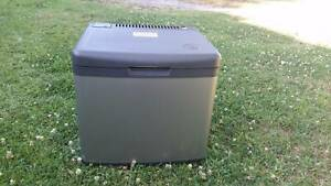 FRIDGE Camping Caravaning LUMIA 45LTRS - 3WAY - 12V/240V/LPG As New
